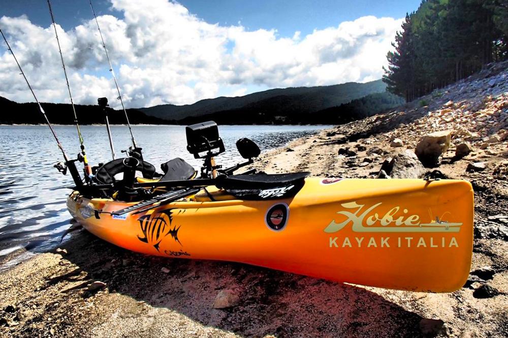kayak a pedali da pesca hobie